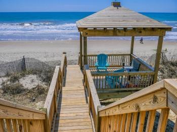 Coastal-Gallery-Ridgestone-Construction-Beach-House-Exterior-12-1000