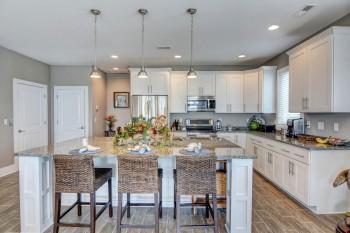 Coastal-Gallery-Ridgestone-Construction-Beach-House-Kitchen-2-1000
