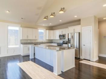 Coastal-Gallery-Ridgestone-Construction-Beach-House-Kitchen-26-1000